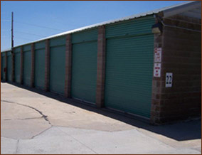 Probably the most reasonably priced DTC self storage units solutions around. Safe Denver area for your precious stuff.